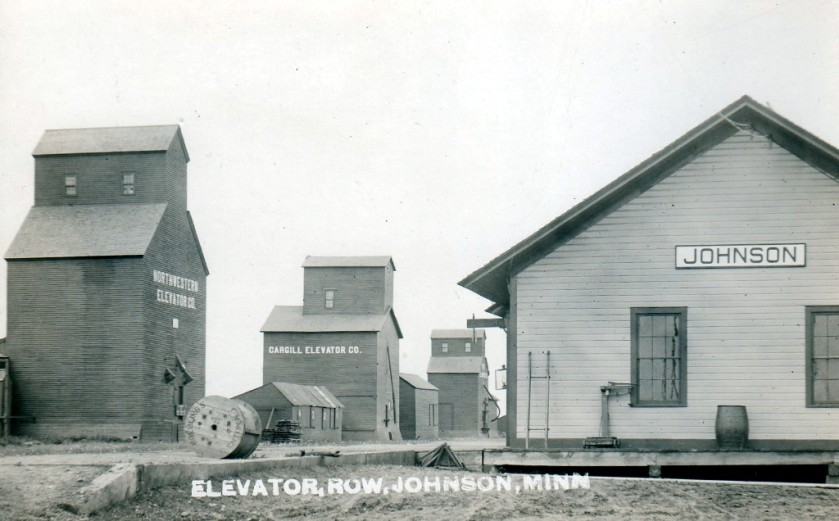 historic-train-depot-and-elevator-johnson