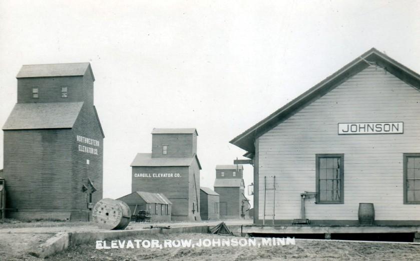 historic-train-depot-and-elevator-johnson
